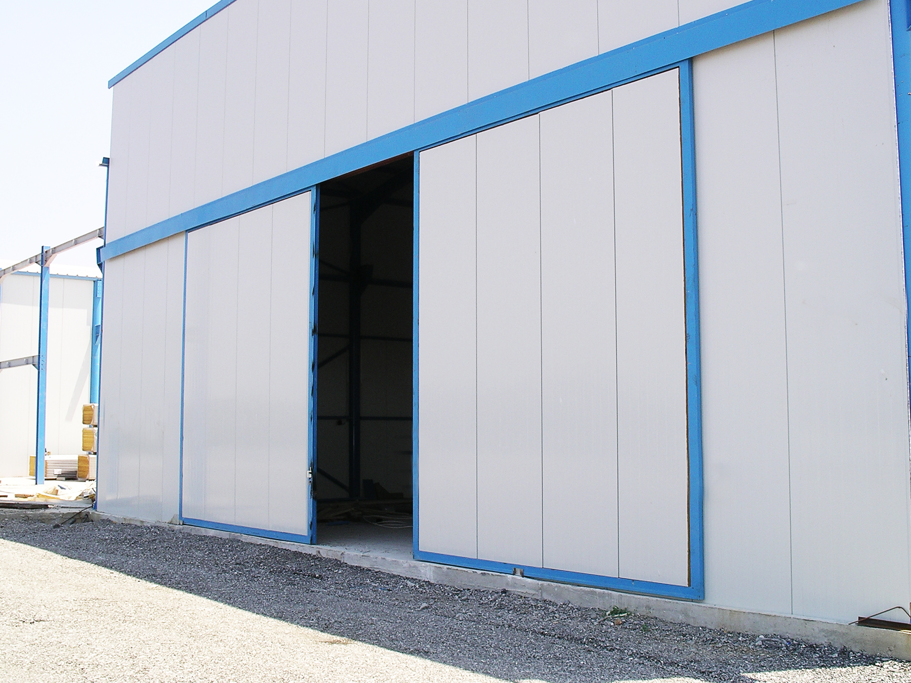 Heavy Sliding Doors For Industrial Use Helaform